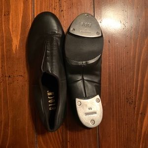 Ladies flex slip on leather tap shoes